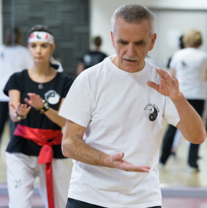 Cours de Tai Chi de Christian Renard avec l'association Yin Yang Sport. Photos Magali Delporte