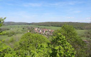 Le village de Lizine vu de la croix du Châtelet