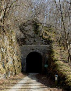 tunnel ancienne voie ferrée Breme