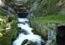 La source de la Loue et la rive droite en haut des gorges de Nouailles