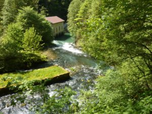 Source de la Loue cascades