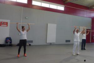 exercices avec bâton